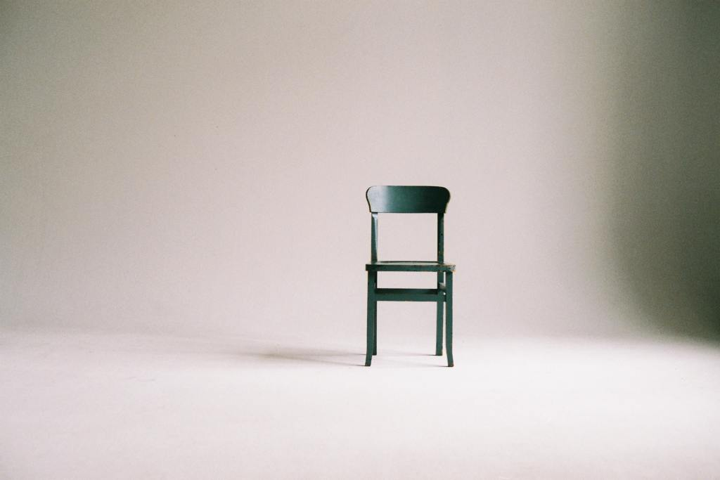 IPL 2021 Predictions - Photo of chair in empty room