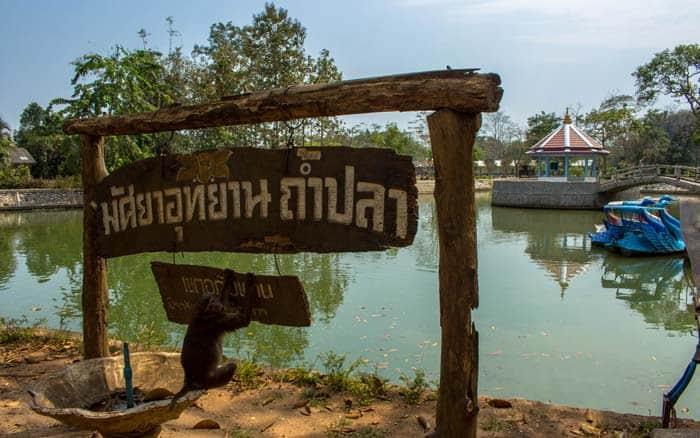 Chiang Rai things to do - Monkey Cliff