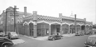 Studebaker dealership on Guthrie Street (U of L Photographic Archives)