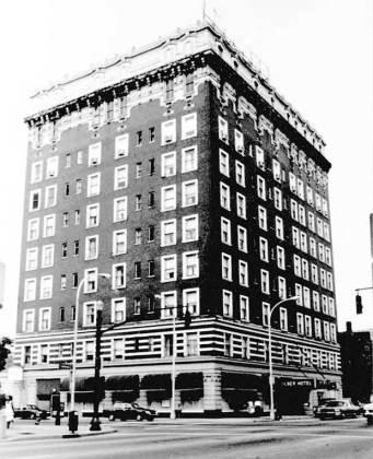Tyler Hotel in 1987 (National Register)
