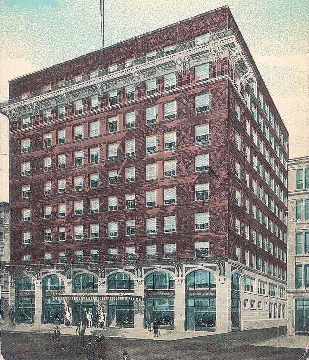Hotel Henry Watterson on Muhammad Ali Blvd. (BS Postcard Archive)