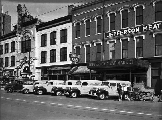 The Savoy Theater and neighboring Jefferson Meat Market in 1940. Courtesy UL Photo Archives)