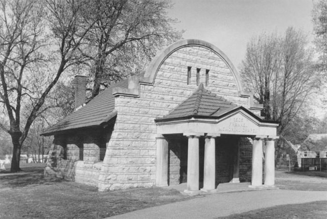 Frankel Memorial Chapel in better days. (Courtesy Diane Deaton-Street)