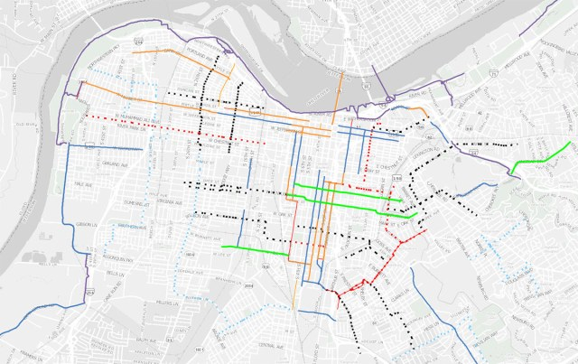 Louisville's bike map showing bike lanes, bike paths, and the under-development Neighborways program. (Courtesy Bike Louisville)