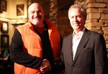 Don Walker, left, and Louisville Mayor Greg Fischer, right. (Courtesy NAHBS)