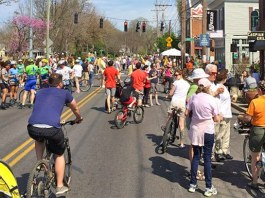 Crowds take to Frankfort Avenue during a CycLOUvia in 2014. (Courtesy Metro Louisville)