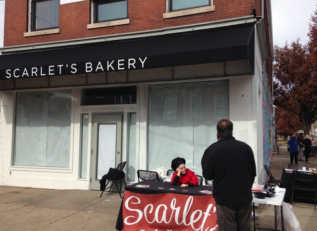 Scarlet's Bakery on the corner of Oak and Shelby streets. (Elijah McKenzie / Broken Sidewalk)