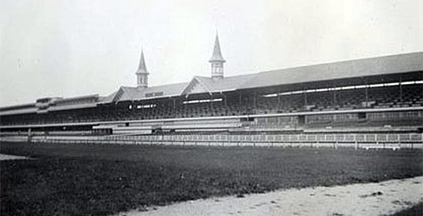 A growing Churchill Downs in the mid-20th century. (Sean / Flickr)