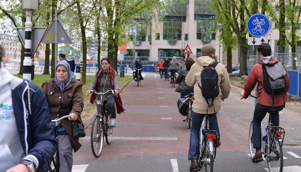 Utrecht. (Jonathan Maus/BikePortland; used with permission)