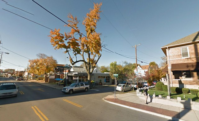 The site viewed from Bardstown Road and Murray Avenue. (Courtesy Google)