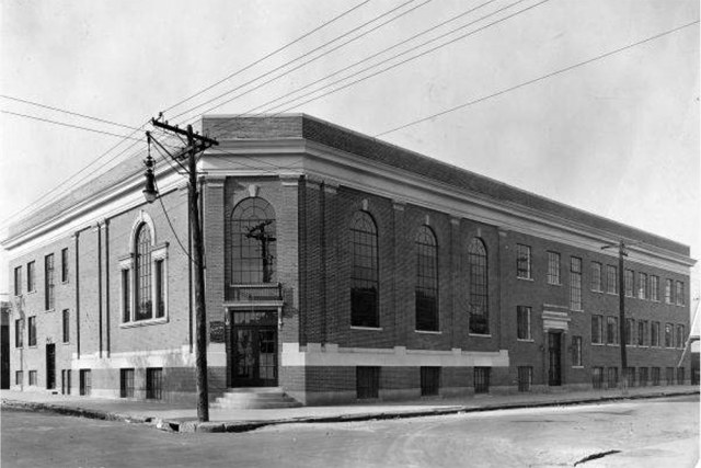 The structure pictured in October 1929 when it was known as the Grace Presbyterian Colored Mission. (Courtesy UL Photo Archives)