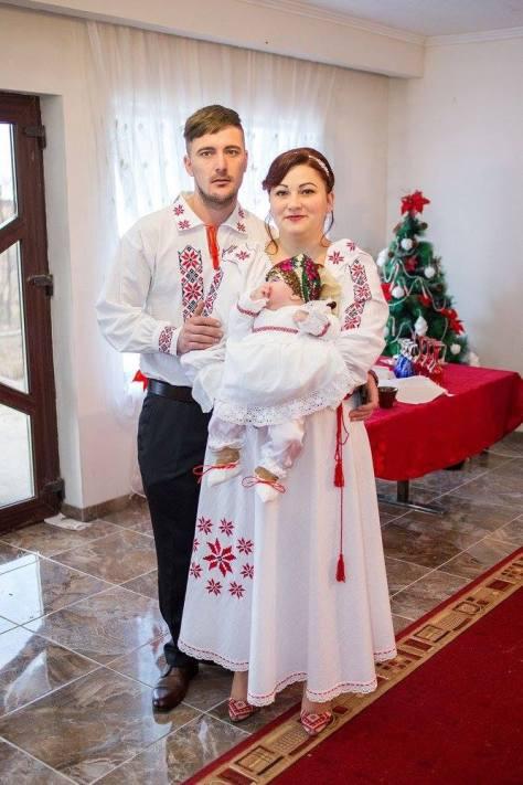 ie traditionala camasa populara (29)