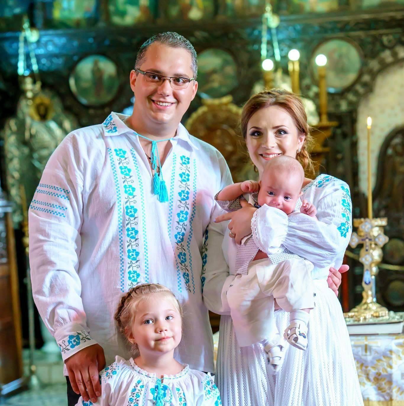 FOTO Costume populare pereche pentru intreaga familie ⋆ Atelier Bromania - costume  populare | ii traditionale %
