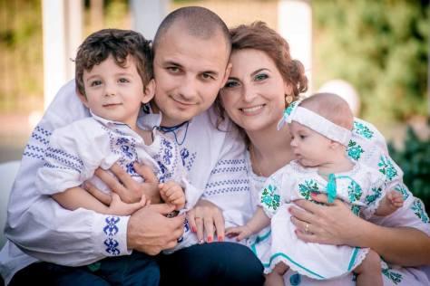 nunti botezuri traditional costumatie rochii camasi (7)