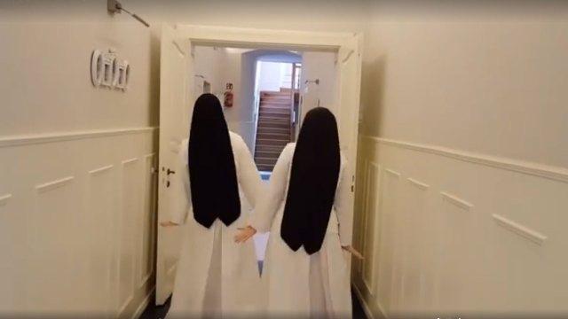 Siostry najpierw podbiły internet…