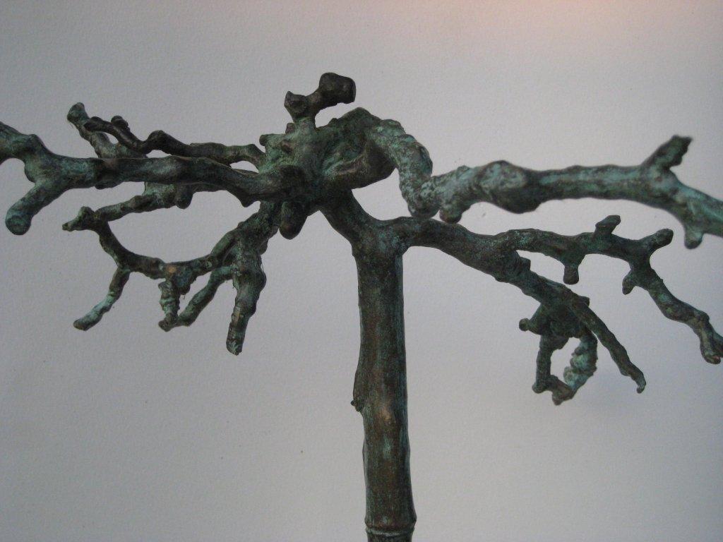 Levensboom in brons. Beschutting en bescherming.
