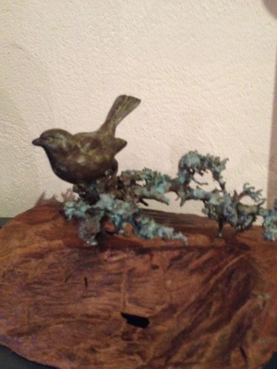 UNICA, Bronzen beeld BIRD