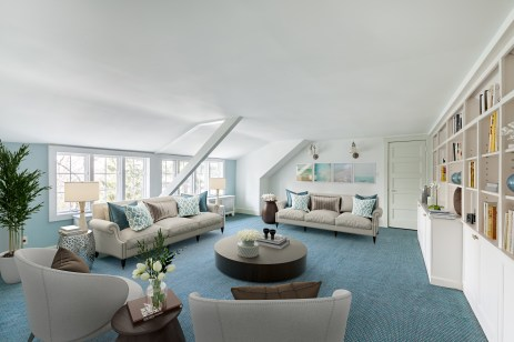 Kathleen_6_Plateau_Circle_family_room_staged