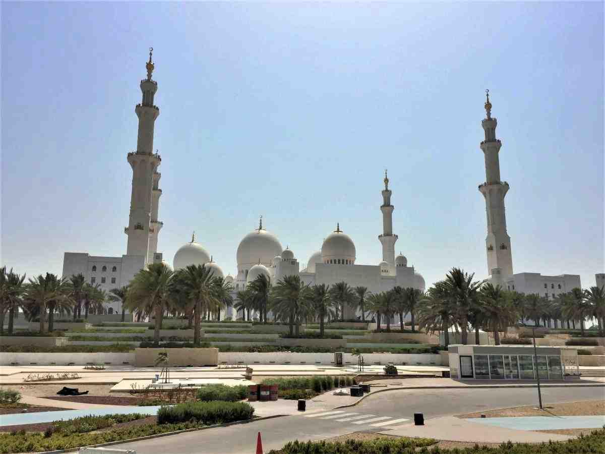 杜拜阿布達比行程 - 阿布達比大清真寺外觀