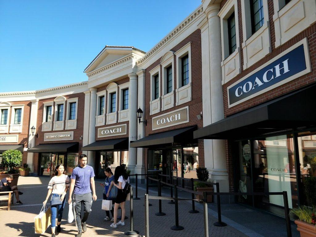 溫哥華OutletMall購物 - 溫哥華 Outlet Mall