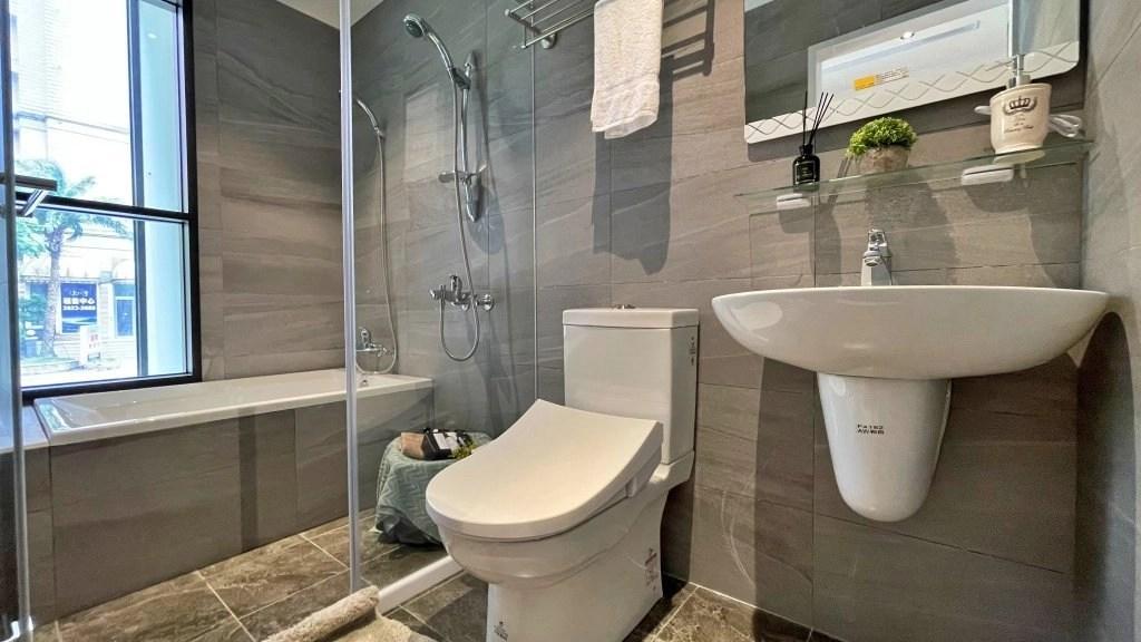新市一丁目 - 樣品屋主臥衛浴