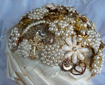 Cascading Gold Pearl Brooch Bouquet