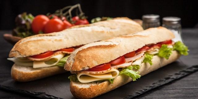 Belegde broodjes met groenten