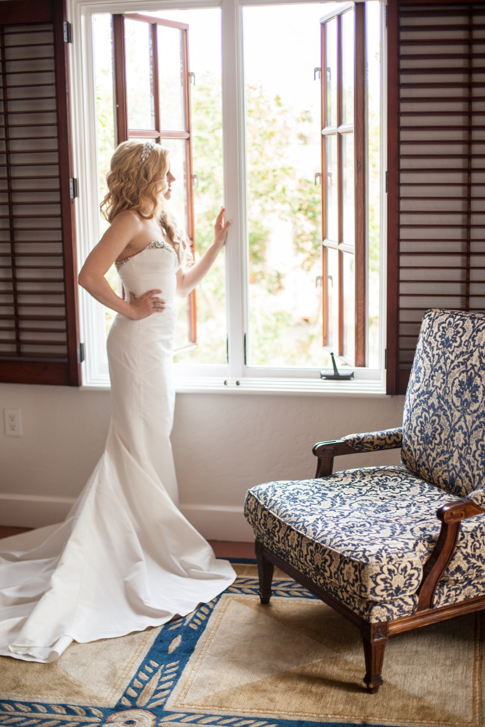 5 Tips for Getting Ready Photos on your Wedding Day_FEATURE