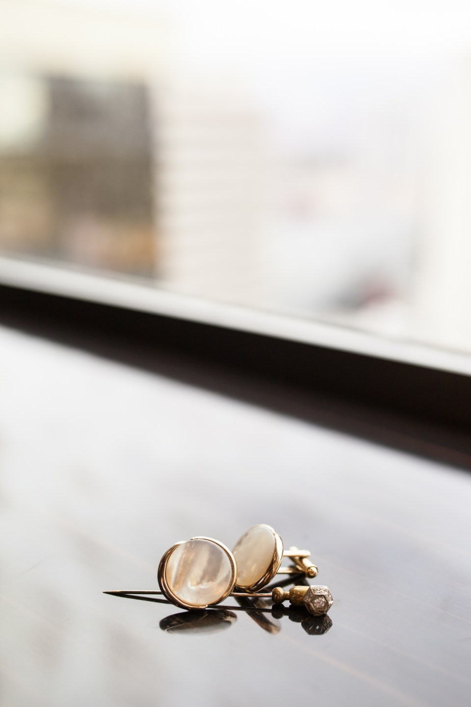 gold and pearl cuff links