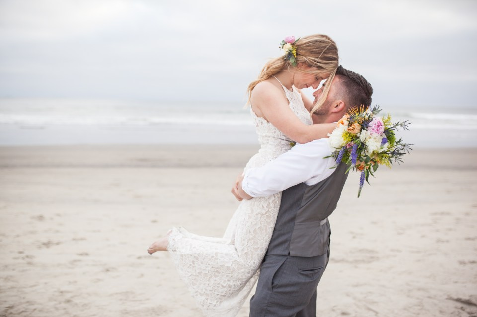 Hotel Del Coronado Island Boho Beach Wedding | Brooke & Doug Photography