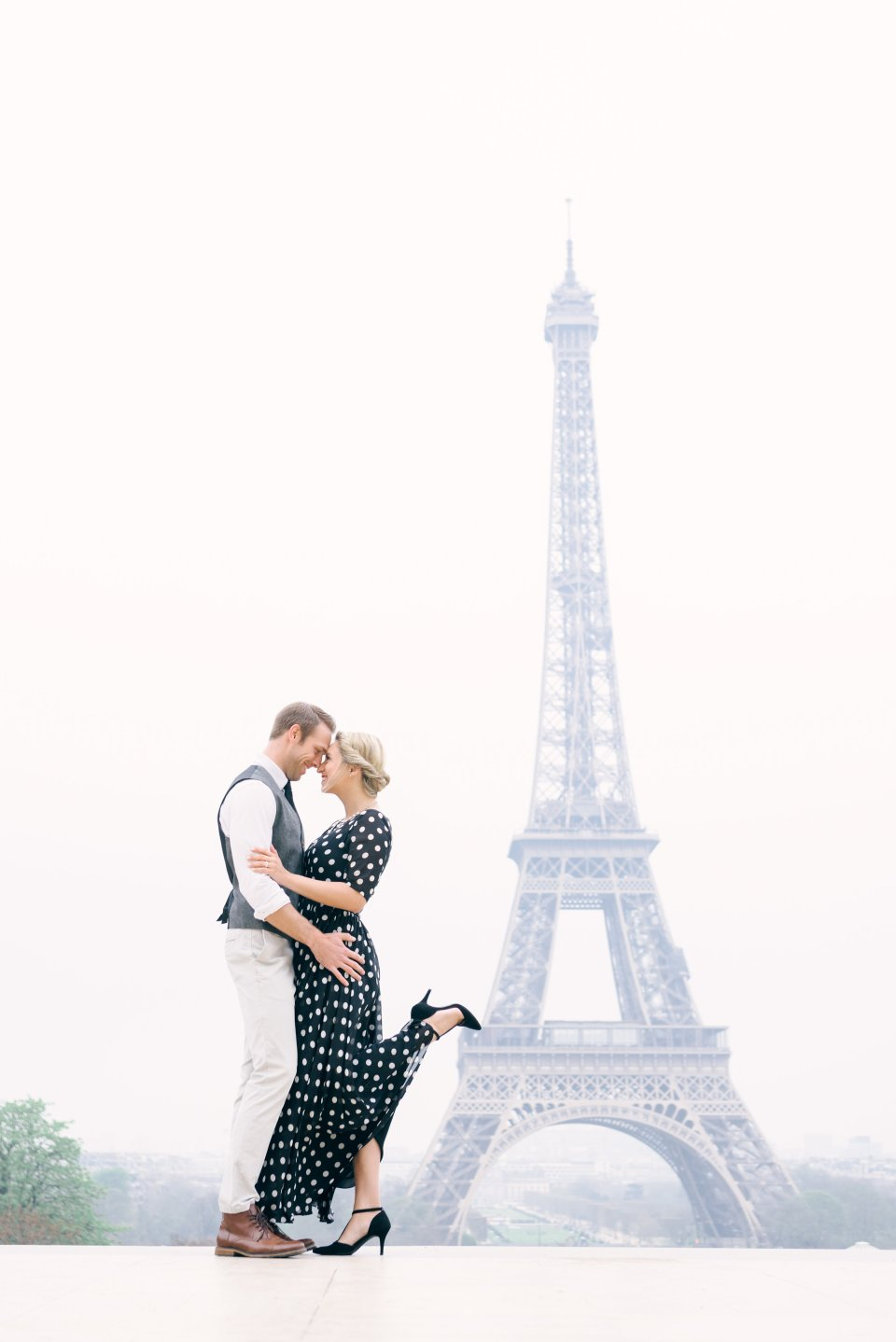 Brooke & Doug at the Eiffel Tower photo by Tim Moore Photography