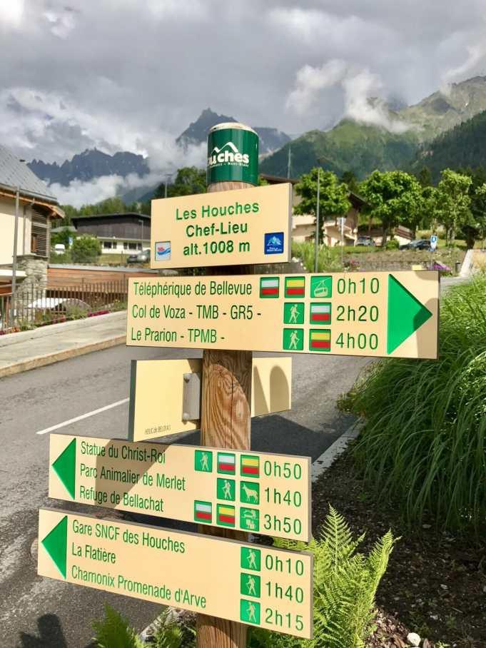 Trailhead in Les Houches