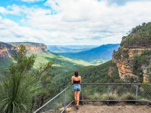 Looking out over the Jamison Valley