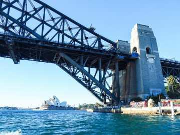 Cruising under the Harbour Bridge