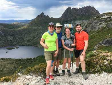 Family + Cradle Mountain