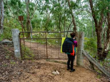 Closing another cattle gate as we approach Megalong