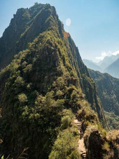 The climb up Huayna Picchu