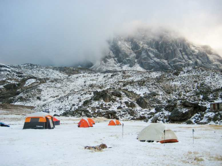 "Snowy morning at Cuyoc camp in August (""dry season"")"