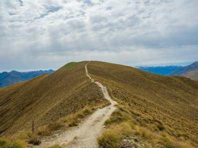 Approaching Isthmus Peak summit