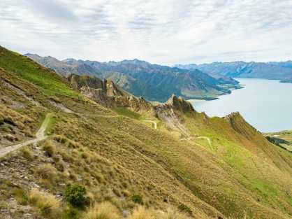 The trail up Isthmus Peak
