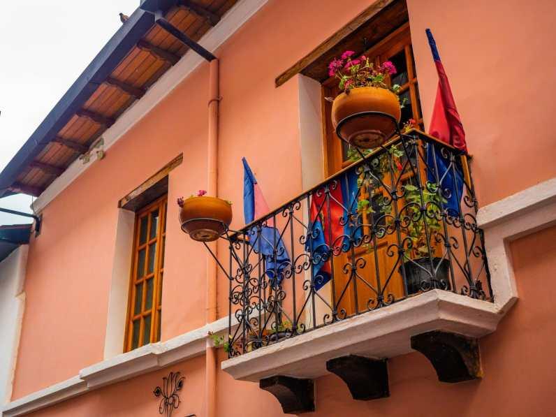 Colourful veranda on La Ronda in Quito