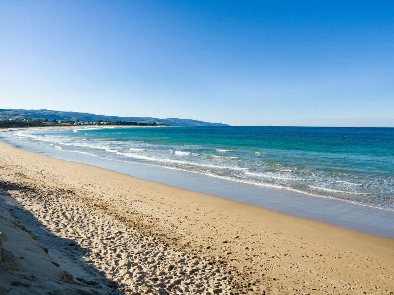 Great Ocean Walk hike Australia Apollo Bay beach
