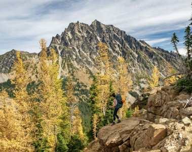 Ingalls Lake golden larch leavenworth hiking