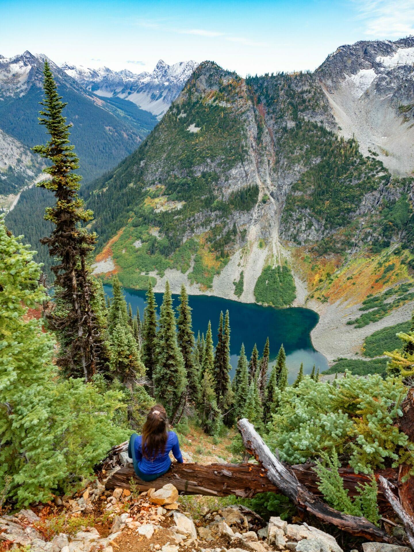 Maple Pass Loop hike washington autumn