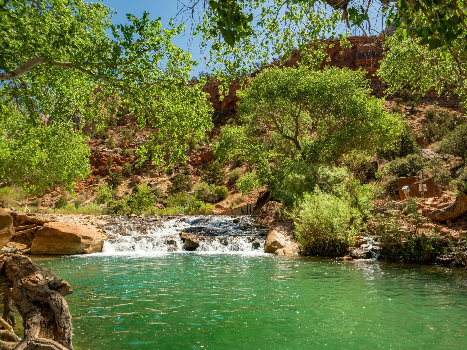 Zion National Park itinerary best hikes biking Zion Canyon