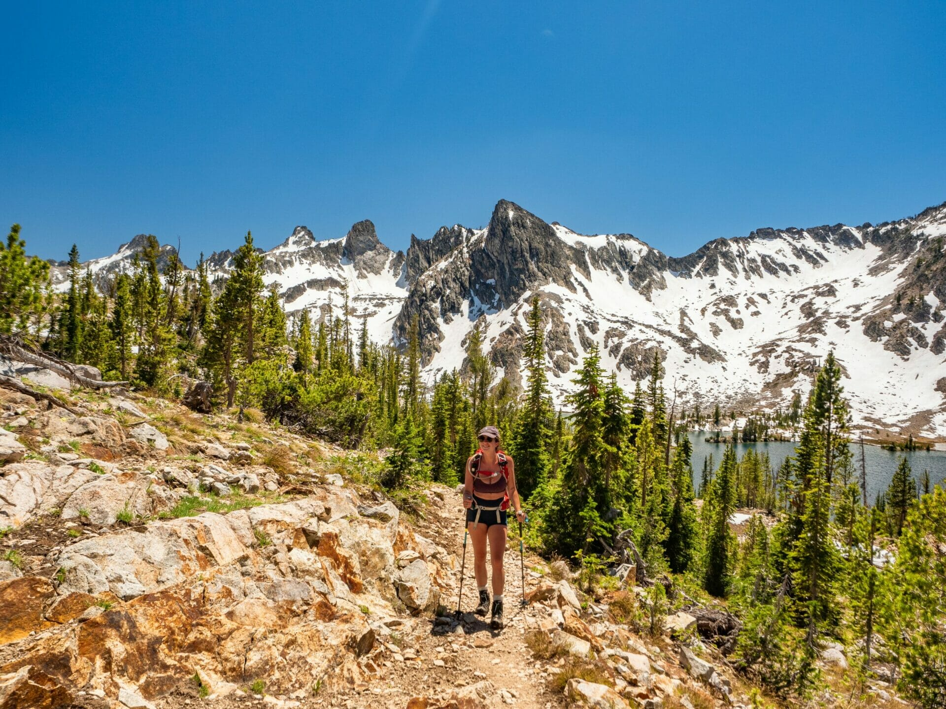 Alice Lake Toxaway Loop best hikes in Sawtooth Mountains Idaho
