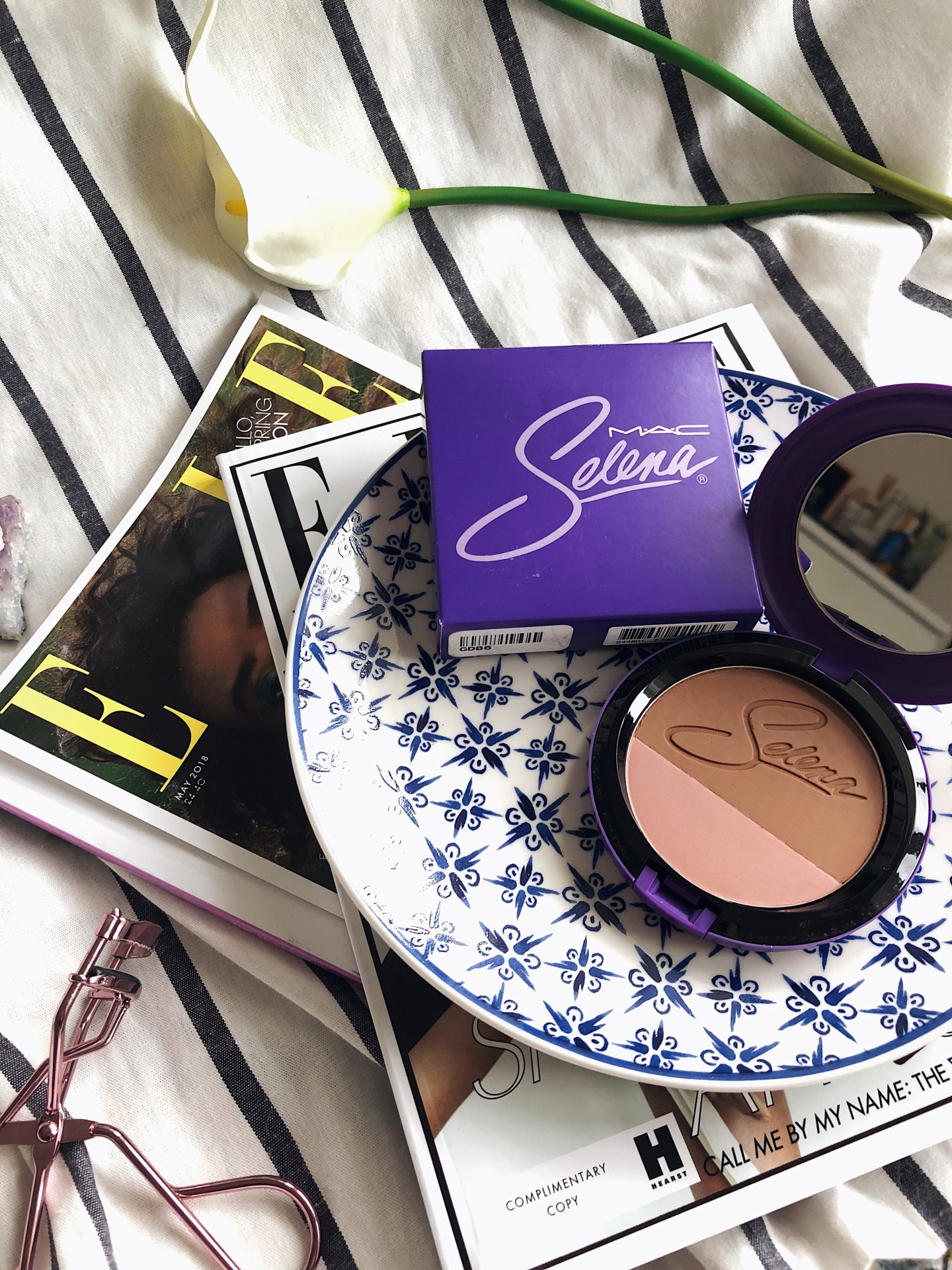 May 2018 Look Incredible Deluxe Subscription Box - MAC Selena Powder Blush Duo Limited Edition