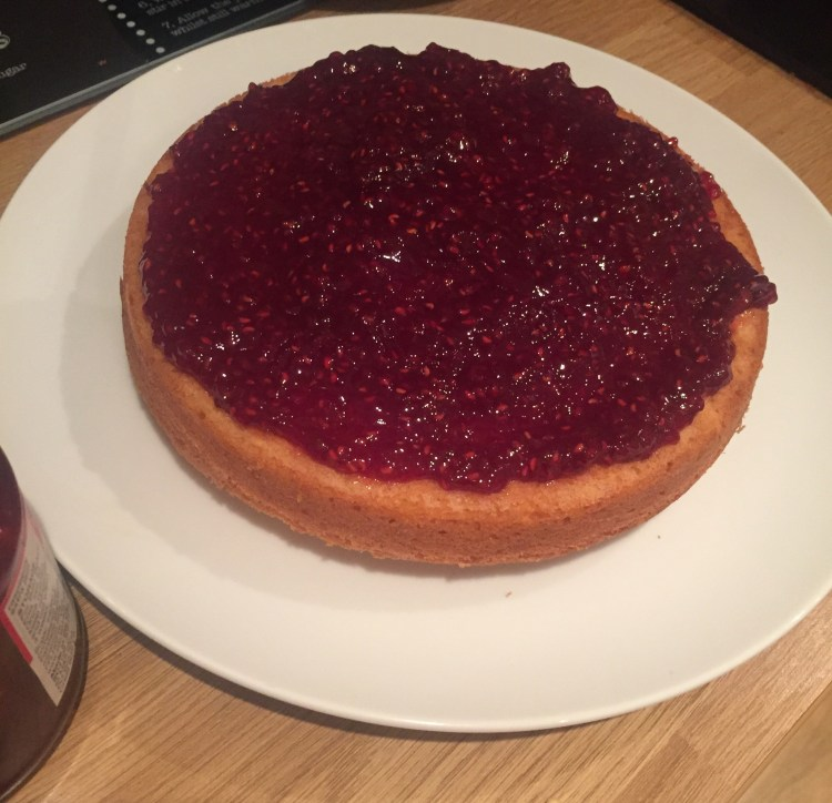 how to fill a cake with jam
