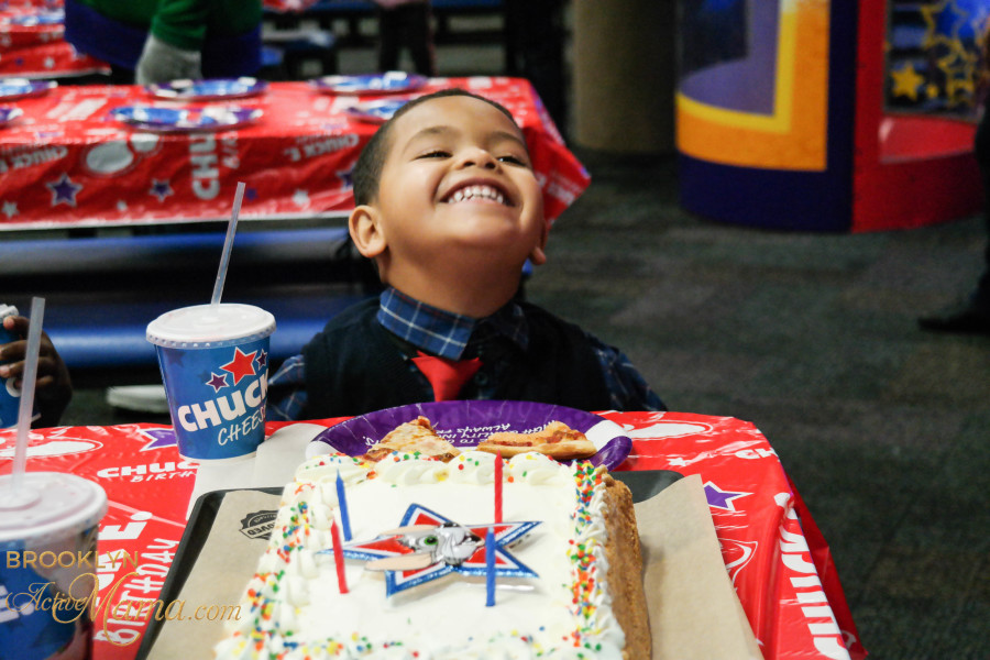 Birthday Party at Chuck E. Cheese-2260