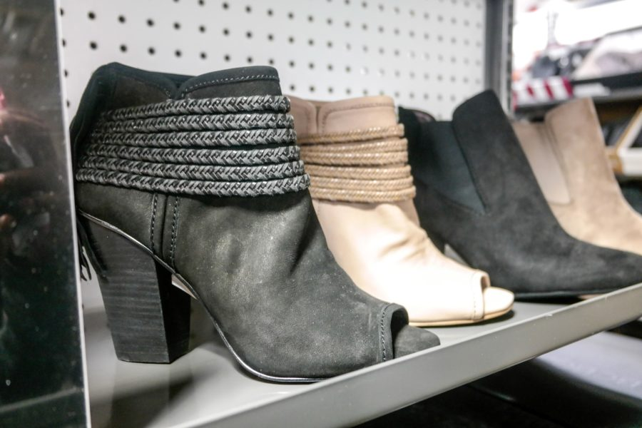 new-saks-off-fifth-opens-in-brooklyn-4452